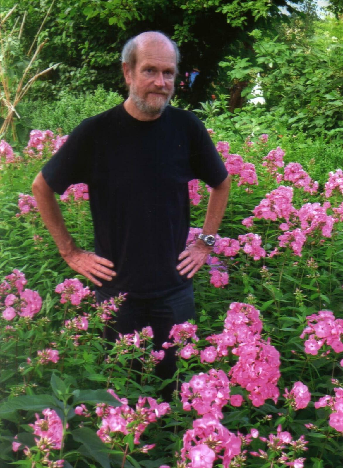 02 Dr. Uwe Puttfarcken (Eden für Jeden) im KGV Heimat